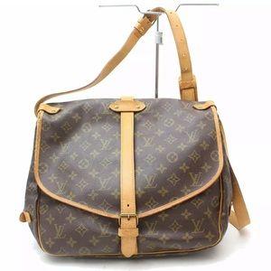 🌼Authentic Louis Vuitton Saumur 35🌼